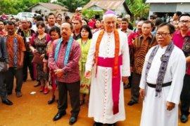 Wabup Sanggau hadiri peresmian gereja di Kecamatan Tayan