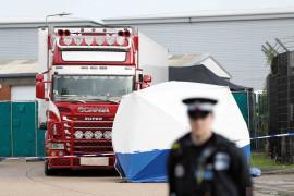 Berita dunia - 16 Migran ditemukan dalam kontainer tersegel di feri menuju Irlandia