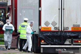 Polisi temukan 41 migran dalam  keadaan hidup dalam truk di Yunani