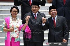 Pelantikan Kabinet Indonesia Maju Page 1 Small