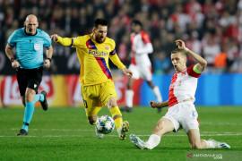 Barcelona taklukkan Slavia, Messi ukir rekor baru