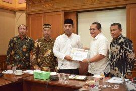 SISC Abdya bertemu Ketua DPRA bahas percepatan realisasi KEK halal Surin