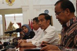 Jokowi tugasi Mendagri Tito Karnavian kawal investasi