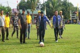 Wali Kota buka  turnamen Sepak Bola U- 12 Ampi Cup