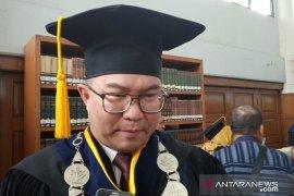 Arif Satria lunasi janjinya raih gelar Profesor
