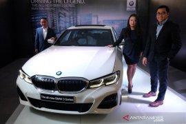 AII-New BMW 330i M Sport hadir  di Medan