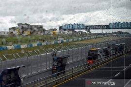 Cuaca buruk di sesi kualifikasi GP Australia