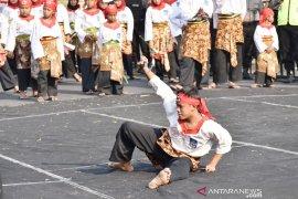 Pemkab Madiun tingkatkan kesejahteraan lewat Festival Kampung Pesilat Indonesia (Video)