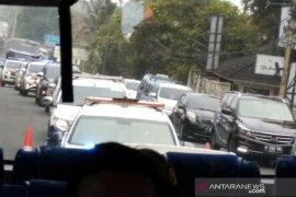 Ade Yasin berharap sistem 2-1 dapat atasi kemacetan di jalur Puncak
