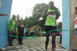 Pelari Kenya juara marathon Equator 10K