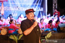 Wabup Klungkung buka Pekan Raya Pasar Rakyat