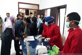 Anggota DPRD Kota Blitar jalani tes urine