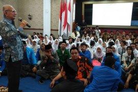 Emil Salim: Sumpah Pemuda prinsipnya setia pada bangsa dan negara