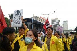 Mahasiswa UI datang bergabung aksi Indonesia Memanggil