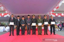 DPRD berikan penghargaan kepada Polres Bangka Selatan