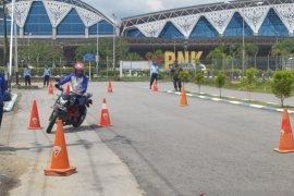 200 Prajurit TNI AU Lanud Supadio ikuti edukasi safety riding Astra Motor