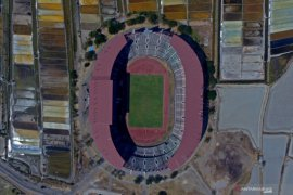 Kokohnya Stadion GBT di tengah tambak pinggiran Kota Pahlawan (Video)
