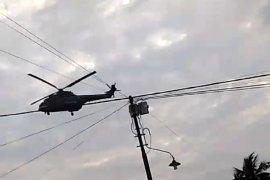 Helikopter terbang rendah sebabkan atap rusak, polisi Pontianak turun tangan