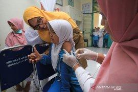 Siswa sekolah dasar di Aceh imunisasi vaksin difteri