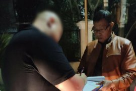 Penunggak pajak Surabaya disandera di Jakarta