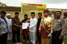 Pemangku Adat Kerajaan Padang laporkan dugaan grant sultan palsu Stadion Kampung Durian