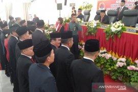 25 Anggota DPRD Kota Gunungsitoli dilantik