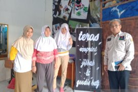 Faizah Abdiah pendiri UMKM penampung remaja berkebutuhan khusus
