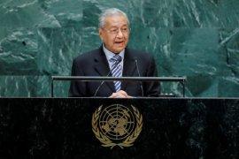 Mintalah saran orang tua, kata Mahathir kepada Sanna Marin