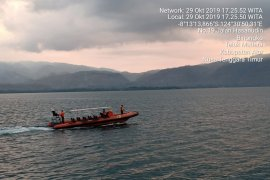 Tim SAR NTT cari penumpang KM Sirimau yang melompat ke laut
