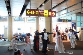 "Nuansa seram warnai ""Halloween"" di Bandara Ngurah Rai"