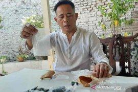 Polisi Cirebon sebut modus SR tempelkan sabu di selokan