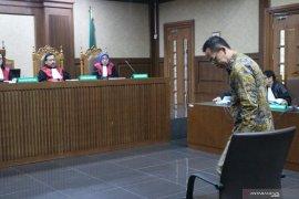 Adik Atut Chosiyah, Wawan  Wardana didakwa lakukan pencucian uang lebih dari Rp500 miliar