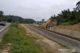 Pekerja Kebut Bangun Jalur Kereta Api di Aceh Tamiang Sepanjang 5,8 Km