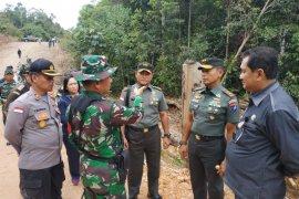 Pangdam tanjungpura tutup TMMD di perbatasan Indonesia - Malaysia