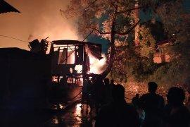 Kebakaran di Jalan S Parman Medan, lebih dari 40 rumah ludes terbakar