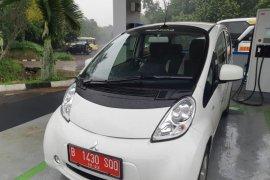 """SPKLU """"ultra-fast"""" mampu isi baterai mobil listrik 20 menit"""