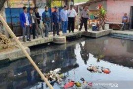 DPRD soroti parahnya pencemaran air sungai di lingkungan tempat tinggal Bupati Bekasi