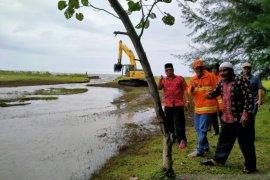 Bupati pimpin penanggulangan banjir di Aceh Barat