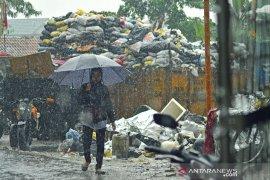 Retakan tanah di Kabupaten Bandung berpotensi longsor saat hujan