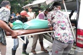 Kecelakaan di Aceh Timur ibu dan anak tewas tergilas truk