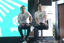 Gojek berencana IPO di dua negara