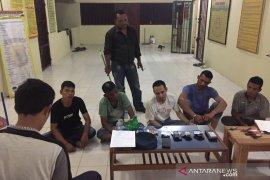Polisi ringkus lima tersangka sedang pesta narkoba di Aceh Timur