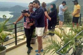 Wisatawan asal Maroko famtrip ke Samosir
