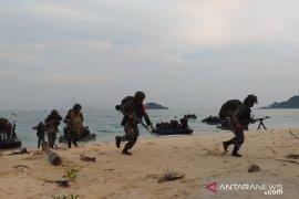 Pasukan TNI Angkatan Laut gelar latihan di Belitung