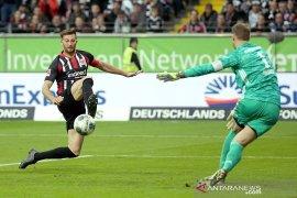 Frankfurt mempermalukan Muenchen 5-1
