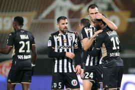 Liga Prancis, Angers menyodok ke posisi kedua saat Lille dan Brest kalah