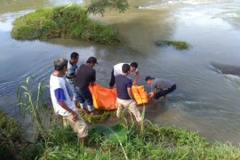 Mayat Mr X ditemukan di aliran Sungai Bingai