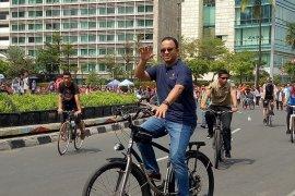 Anies tinjau penataan perdana PKL di Sudirman-MH Thamrin