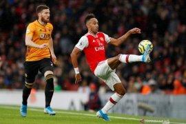 Main di kandang, Arsenal ditahan imbang Wolves