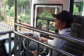 Cara mudah mengakses layanan bus kapsul Koja Trans